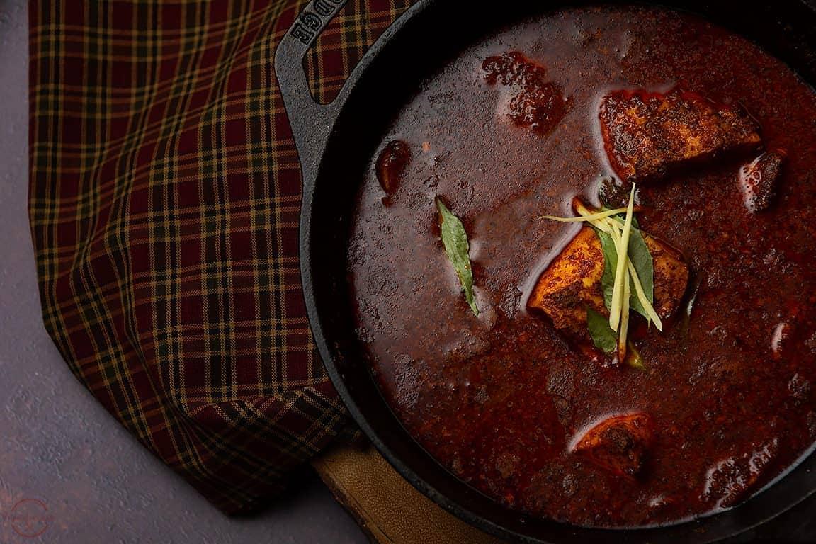 Spicy_Kerala_Fish_Curry_varatharacha_meen_curry